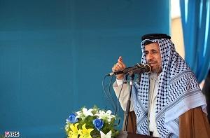 احمدینژاد: پیغام دادند که اگر رویت را زیاد کنی پدرت را درمیآوریم