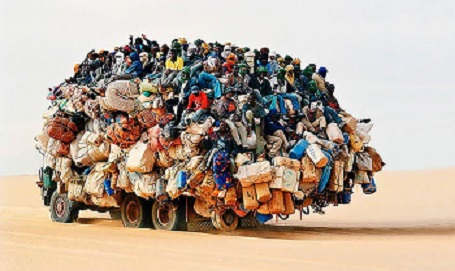 نوشته های جالب پشت اتوبوسها و کامیونهای جاده ایی