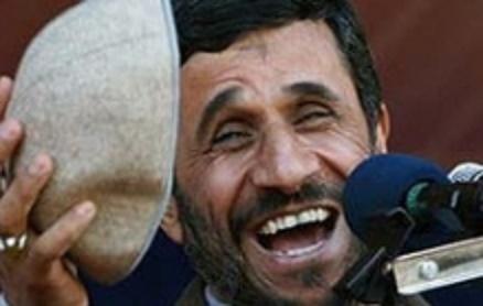 احمدينژاد، کلاهی بود که 8 سال پیش سر ما گذاشتند!